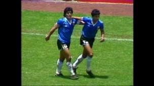 Trop facile pour Maradona