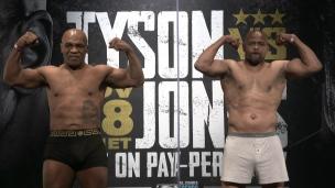 Mike Tyson et Roy Jones font le poids