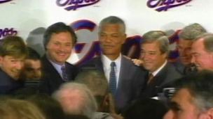 1999 : Les Expos vendus à Jeffrey Loria