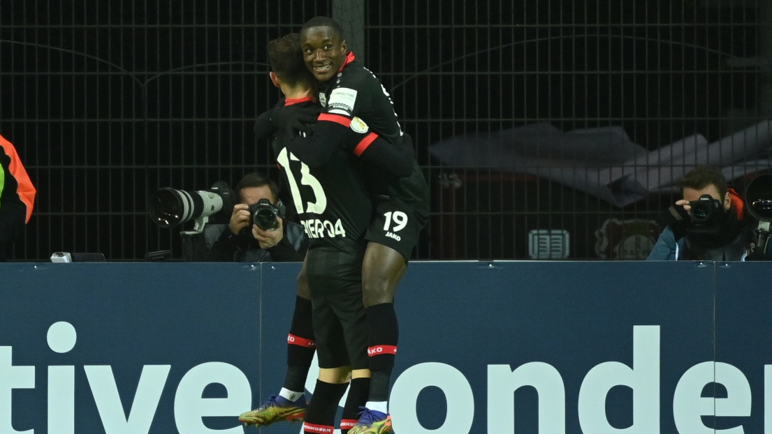 Lucas Alario et Moussa Diaby