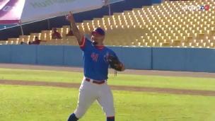 Yadier Molina... le lanceur