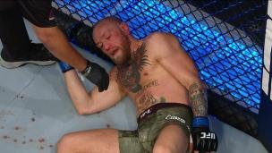 Poirier passe un violent K.-O. à McGregor
